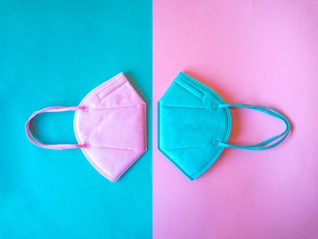 Цветная маска ffp2, kn95 в розово-зеленом цвете