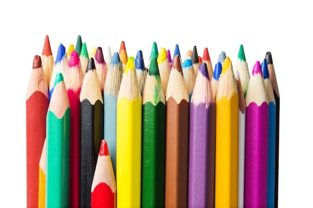 色鉛筆のクローズ アップ写真、白で隔離