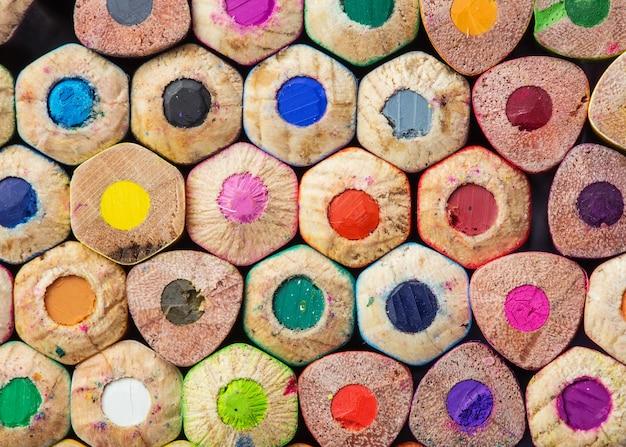 色鉛筆のクローズアップ写真