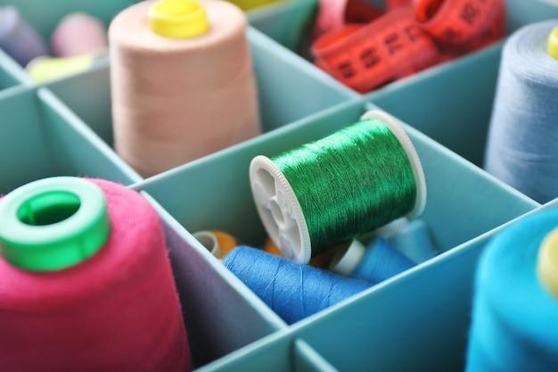 구획 상자, 근접 촬영에 색상 재봉사