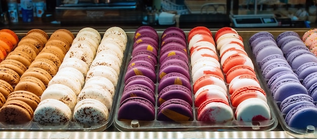 Цветное печенье серии французских макарун, вкусное разнообразие
