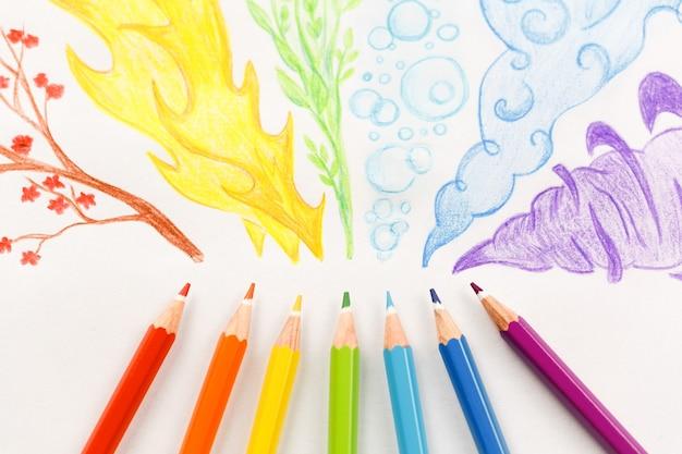무지개 연기 그리기 색연필입니다. 플랫 레이