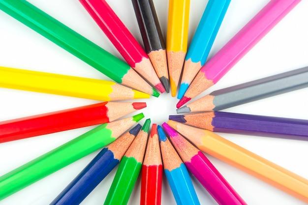 고립 된 그리기 색연필