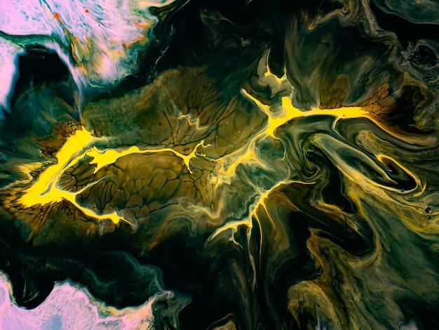모션에서 아크릴 페인트와 다채로운 추상 텍스처