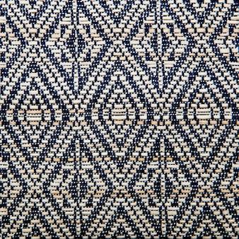 Цветная поверхность коврика в перуанском стиле.