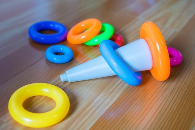 화려한 아기 플라스틱 장난감