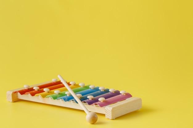 Красочный детский ксилофон с палкой