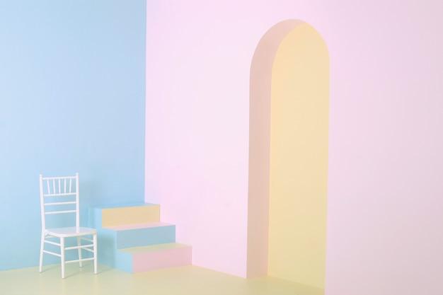 파스텔 색상의 화려한 배경, 계단과 흰색 나무 의자가있는 미니멀리스트 홈 코너, 미술 사진