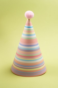 화려한 생일 모자, 평면도.