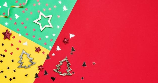 장식 및 빛나는 화려한 크리스마스 배경입니다. 공간, 평면도를 복사합니다.