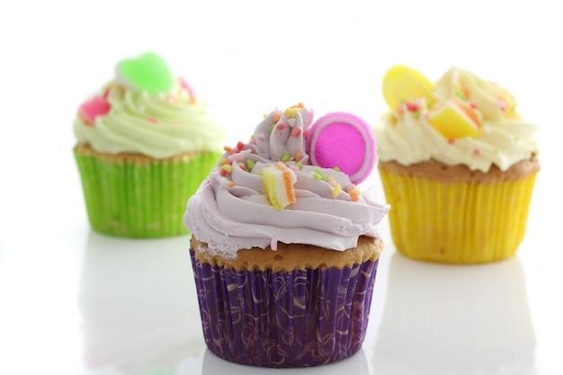 カラフルなカップケーキ