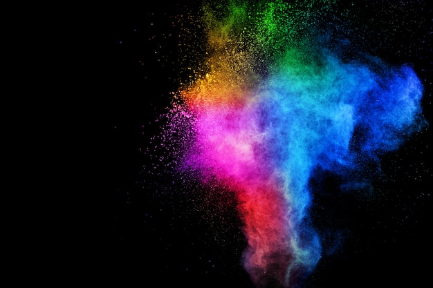 Красочный взрыв для счастливого взрыва порошка холи или брызг.