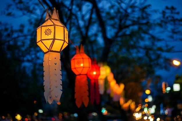 다채로운 등불 축제 또는 yee peng 축제(태국 북부 새해), 치앙마이, 태국