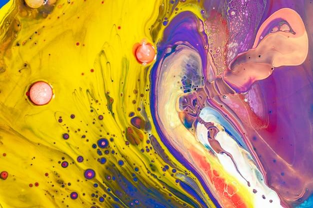 Красочный жидкий мрамор фон абстрактная плавная текстура экспериментальное искусство