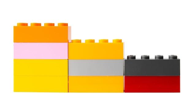 다채로운 플라스틱 장난감 빌딩 블록 흰색 절연