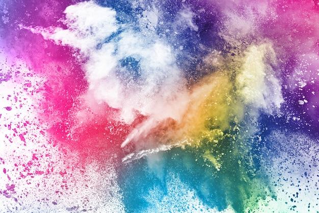 白地にカラフルな粉体爆発。
