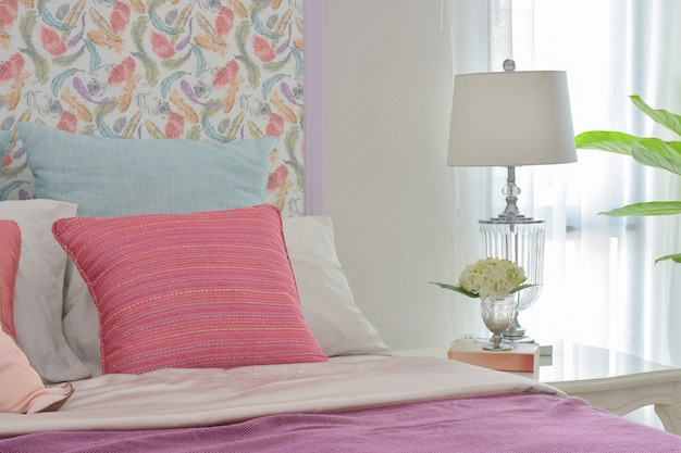 Colorful romantic bedding style