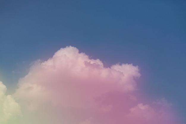 아름 다운 구름과 화려한 하늘