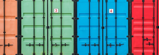 다채로운 저장 용기 물류 센터
