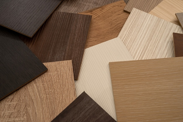 モダンなアパートのデザインのためのカラー木製プレミアムサンプラー