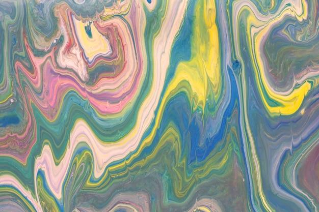 カラフルな液体アクリル注ぐ絵画