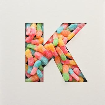 다채로운 글꼴 디자인, 젤리가있는 추상 알파벳 글꼴, 사실적인 타이포그래피-k