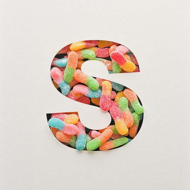 다채로운 글꼴 디자인, 젤리가있는 추상 알파벳 글꼴, 사실적인 타이포그래피-s