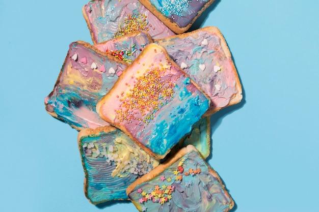 Colourful toasts