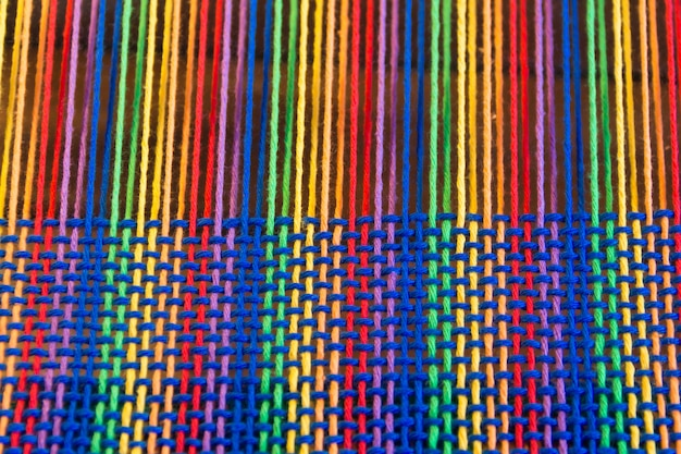 Comb loom with rainbow colors