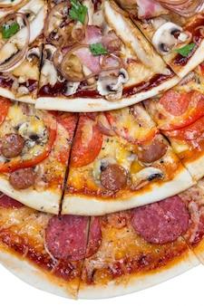 Комбо с тремя разными кусочками пиццы