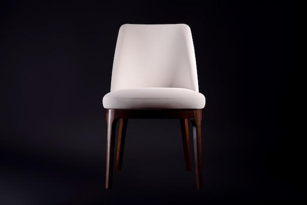 革張りの快適な椅子