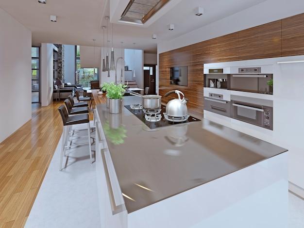 Комфортная кухня в частном доме.