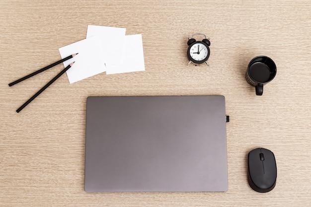 학생, 회사원, 프리랜서를위한 편안한 작업 공간.