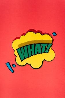 Fumetto comico con testo di espressione che cosa su sfondo rosso