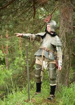 Commanding knight