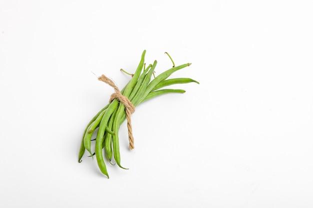 Стручки фасоли обыкновенной или долихо, свежие концепции фермы