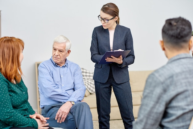 Communication of group therapy participants