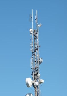 통신 타워 안테나
