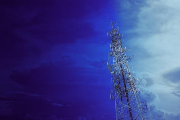 통신 타워, 고성능 와이파이 안테나 포스트 핫스팟 장거리 디지털 데이터 전송