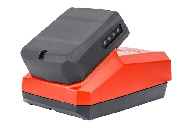 充電レベル表示付きのゴム引きおよびガラス繊維強化ケーシングに接続された12vリチウムイオン電池を備えたコンパクト充電器