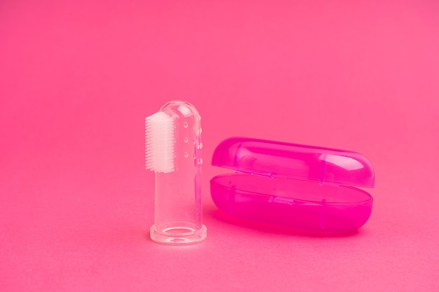 Compact toothbrush fingertip