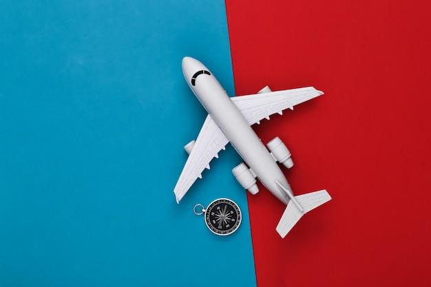 빨강-파랑에 나침반과 비행기