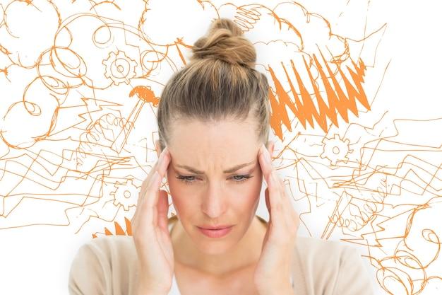 Составное изображение женщины с головной болью