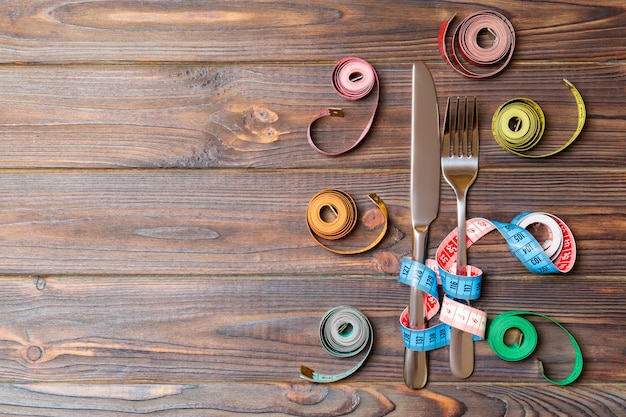 Composition of colored measuring tapes