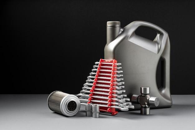 Composizione di diversi accessori per auto