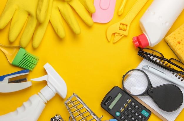 家庭用品、作業工具、掃除用品、文房具のコピースペースを黄色で構成。
