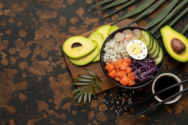 Composition of hawaiian poke bowl