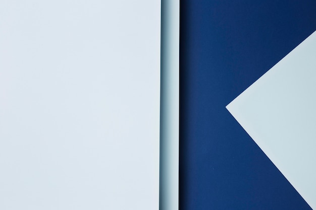青い紙シートの背景の構成