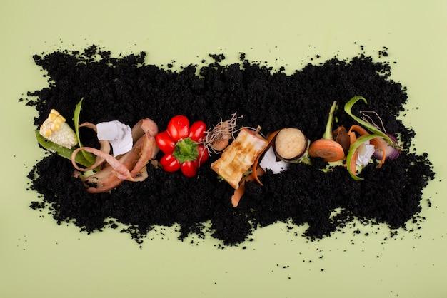 썩은 음식으로 만든 퇴비의 조성