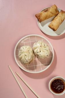 맛있는 아시아 음식의 구성
